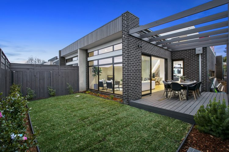 Landscaping at Carnoustie Rd townhouse, Mornington
